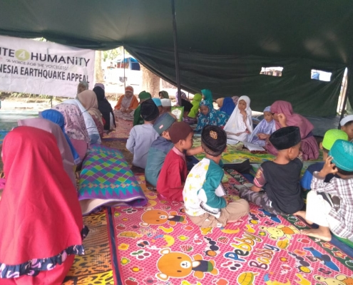 indonesia earthquake appeal - delivery of aid